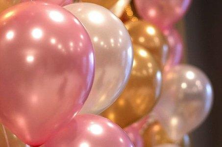 pink n gold balloons